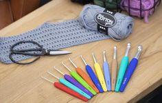 Lær at hækle for begyndere hæklenål og garn - Best Home Idea Home Crafts, Diy And Crafts, Home Goods, Sewing, Knitting, Blog, Creative, Cotton, Pom Poms