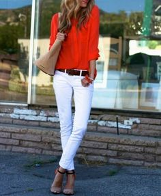 Red blouse with white jeans Red Blouse Outfit, White Jeans Outfit, White Pants, Dress Red, Shirt Outfit, Red And White Outfits, Estilo Street, Chic Outfits, Fashion Outfits