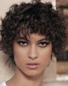 Chic But Natural and Lovely Curles | Fashion Qe