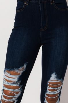 High rise skinny jean with distressed detailing by AKIRA. Holy Jeans Outfit, Blue Ripped Jeans Outfit, Cheap Ripped Jeans, Best Ripped Jeans, Womens Ripped Jeans, High Jeans, Hollister Jeans Outfits, Black Distressed Jeans, American Eagle Ripped Jeans