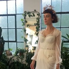 Manifesting making your next dresses - the ones to accept your oscar & receive your Hollywood star ⭐️✨ bespoke rose gold honeysuckle, passion flower and wild rose bridal crown, with matching cape broaches by @cthompsonroyds to match Rachel's unique embroidery of the same flowers #onlyoneintheworld #unique #couture #HermioneDePaula #HdeP #bridal #weddingdress #embroidery #floral #bespoke #floraldress #elegant #longdress #bridalfashion #bride #bridalembroidery #weddinginspiration