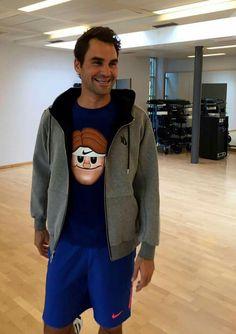 Roger federer training to get back after Roland Garros May 2016