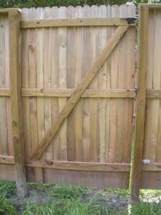 Simply Woodwork Build Wood Gate Fence Pdf Plans on Home Decor Top Collection Building Wooden Fence Gate Building A Wooden Gate, Wooden Fence Gate, Fence Gate Design, Diy Fence, Fence Ideas, Gate Way, Room Pictures, Home Wallpaper, Farmhouse Design