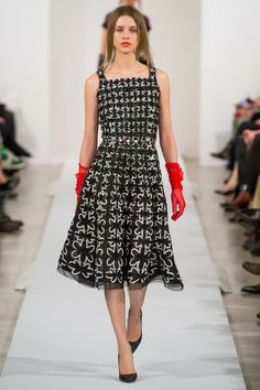 Oscar de la Renta Fall RTW 2013 http://www.renttherunway.com/category/designers/oscardelarenta Repin your favorite #NYFW looks to get them from the Runway to #RTR!