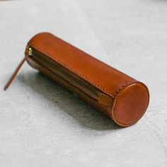 Items similar to Brown handmade cylinder leather pencil case/pen Pouch on Etsy Leather Carving, Leather Pencil Case, Leather Pouch, Leather Gifts, Leather Craft, Leather Workshop, Pencil Bags, Pencil Pouch, Pen Case