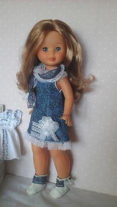 "Vestidos Para Nancy de Chus Garcia: Colección "" DENIM BLUE"" American Girl, Doll Making Tutorials, Flower Girl Dresses, Doll Dresses, Little Darlings, Doll Clothes, Summer Dresses, Dolls, Wedding Dresses"