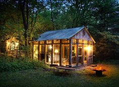 10 Breathtaking Cabins to Fuel Your Cabin Fever
