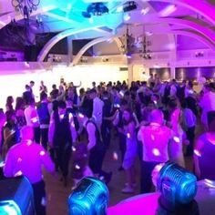 Find the best wedding DJs in Ireland. Irish Wedding DJ Association is here to help you in finding just the right DJ for your special day. Book the best wedding DJ in Northern Ireland and get your guests on the dance floor! Irish Wedding, Wedding Dj, Gps Map, Best Seo Services, Web News, County Cork, Personalized Books, News Online, Company Names