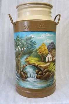 folk art pattern on milk cans Tole Painting, Painting On Wood, Fan Blade Art, Milk Can Decor, Painted Milk Cans, Vintage Milk Can, Old Milk Cans, Diy And Crafts, Arts And Crafts