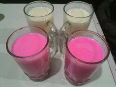 Hot milk strawberry & hot vanilla  Volksmilk