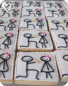Engagement cookies! How cute! ♥ by lacey @LeAnne Witzel