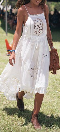 Eyelet lace dress // festival style
