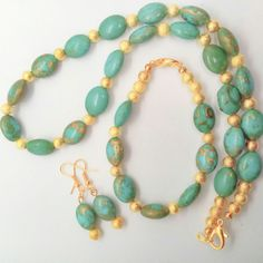 Turquoise Oval Bead and Gold Stardust Beaded Jewellery Set £30.00 Beaded Jewellery, Handmade Jewellery, Beaded Necklace, Jewelry Sets, Unique Jewelry, Casual Party, Beautiful Gifts, Gifts For Friends, Turquoise Necklace
