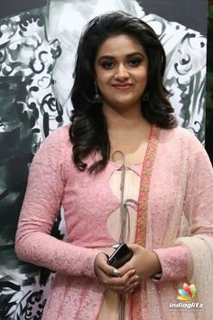 Keerthi Suresh In Pink Dress At Silicon Live Art Museum Launch South Indian Actress Hot, Most Beautiful Indian Actress, Beautiful Actresses, South Actress, Kurta Designs, Tamil Actress Photos, Models, India Beauty, Look Chic