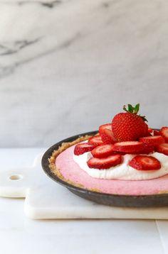 No-Churn Strawberry Ice Cream Pie