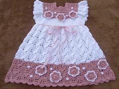 güzel robalı örgü bebek elbisesi son modeller