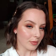 Had a play with a few new cream products yesterday 😍 in love! Will be stocking my kit wth a few more. Also was able to test out two new… Wedding Makeup, Stylists, Stockings, Kit, Play, Cream, Artist, Instagram, Products