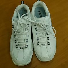 Sketcher sport sneakers White sketcher sneakers size 9. Only worn a fee times! Skechers Shoes Sneakers