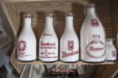 Bordens Old Milk Bottles, Vintage Bottles, Great Memories, Childhood Memories, Elsie The Cow, Milk And Eggs, Garden Signs, Vintage Theme, Good Ole