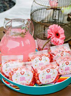 It's A Girl! Baby Shower Favor Bags  #babyshower #itsagirl #partyfavors #showerfavors #gourmetpopcorn