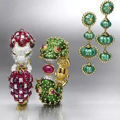 David Webb Lion and Frog bracelet and green enamel earrings