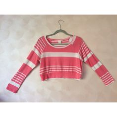 •CCO⬇️lowest• Pink crop top sweater  This adorable, pink, crop top sweater is from a boutique in Arizona || Perfect condition || soft & comfy || casual or dressy aubrey Tops Crop Tops