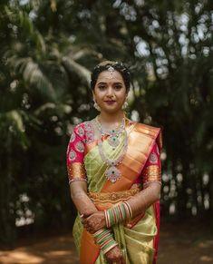 For the love of bridal looks! Bridal Silk Saree, Silk Sarees, Saree Wedding, Saree Blouse, Sari, Bridal Blouse Designs, Work Blouse, Hand Designs, Bridal Looks