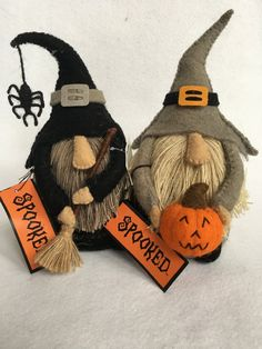 gnomes crafts ~ gnomes crafts _ gnomes crafts free pattern _ gnomes crafts how to make _ gnomes crafts diy _ gnomes crafts for kids _ gnomes crafts wood _ gnomes crafts garden _ gnomes crafts ideas Holidays Halloween, Halloween Crafts, Halloween Decorations, Halloween Sewing Projects, Halloween Items, Fall Crafts, Holiday Crafts, Gnome Ornaments, Felt Halloween Ornaments