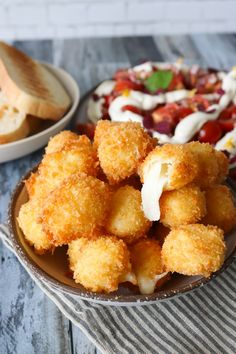 Brick flowers with whipped cream - Clean Eating Snacks Tapas Recipes, Appetizer Recipes, Real Food Recipes, Appetizers, Cooking Recipes, Yummy Food, Tapas Party, Clean Eating Snacks, Food For Thought