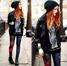 Youreyeslie T Shirt, Black Milk Clothing Blackmilk Leggings - Light This City - Lua P Leggings Mode, Galaxy Leggings, Leggings Fashion, Galaxy Pants, Space Leggings, Red Leggings, Printed Leggings, Tights, Indie Fashion