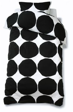 Kivet duvet cover (Marimekko, design by Maija Isola)