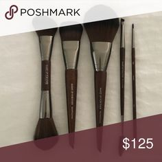 Make Up For Ever Brush bundle $200 value 108 Large foundation brush $36, 250 extra fine eyeliner brush $18, 158 double ended sculpting brush $53, 274 double ended eyebrow brush $28, 128 precision powder brush $52. Barely used, they look brand new. Great to add to your makeup collection or if you are a makeup artist. Makeup Forever Makeup Brushes & Tools