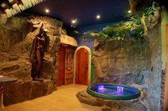 Gartenlaube wie Hhle verkleidet  Whirlpool und Sauna  Ideen rund ums Haus  Jacuzzi Outdoor