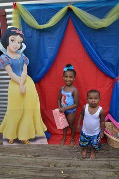 "Photo 8 of 35: Snow White / Birthday ""Erin's Snow White & the Seven Dwarfs Celebration"" | Catch My Party"