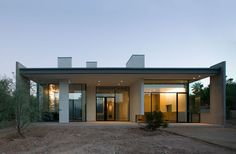 Planar House, Paradise Valley by Steven Holl Architects