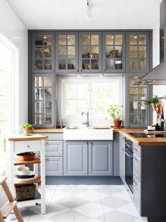 Cuisine gris taupe esprit bistrot http://www.m-habitat.fr/par-pieces ...