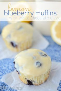 Lemon Blueberry Muffins {With White Chocolate Glaze} by Crazy for Crust. These Lemon Blueberry Muffins with white chocolate glaze will wow your family at breakfast this weekend! Just Desserts, Delicious Desserts, Dessert Recipes, Yummy Food, Brunch Recipes, Tasty, Brunch Ideas, Muffin Recipes, Lemon Blueberry Muffins
