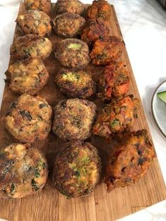 Food Tasting, Greek Recipes, Vegetable Dishes, Finger Foods, Eggplant, Sweet Home, Food And Drink, Appetizers, Cooking Recipes