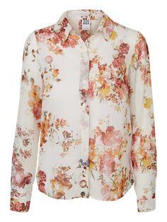 Floral shirt from VERO MODA. We love summer florals!