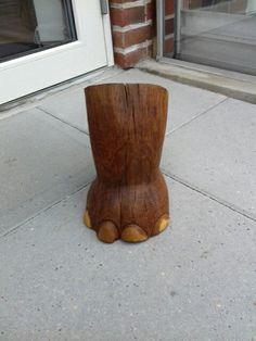 Elephant foot of acid oak. Elefantfod af syrebehandlede eg