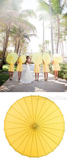 Perfect look for a summer wedding. Parasols! #Wedding #ideas #paperlanternstore