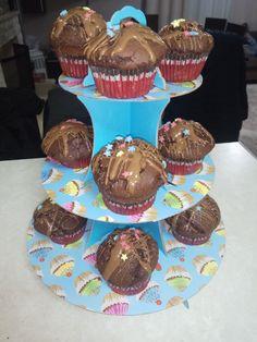 ΜΑΓΕΙΡΕΜΑΤΑ & ΑΛΛΑ: ΣΟΚΟΛΑΤΟΠΙΤΑΚΙΑ Desserts, Blog, Tailgate Desserts, Deserts, Postres, Blogging, Dessert, Plated Desserts