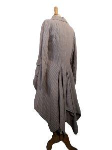 veste en lin de la marque Talia Benson, modèle Ludivine