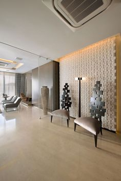 Contemporary Home in Mumbai by Space Dynamix