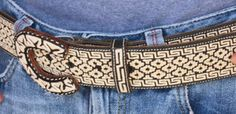 The work from this village, in Mexico, is so well known that several belts from Colotlán are exhibited in the renowned Prado Museum in Madrid. Piteado is worked only on leather. In Colotlán, Armando Gaeta Loera is one of the acknowledged maestros of piteado.  Maestro Gaeta begins to make tiny holes in the leather with an awl. He then begins, little by little, to embroider with the pita thread.