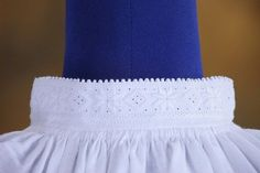 Folk Embroidery, Going Out Of Business, Headpiece, Diy And Crafts, Textiles, Costumes, How To Wear, Aprons, Norway