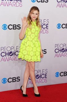 Chloe Grace Moretz at the People's Choice Awards  love the color