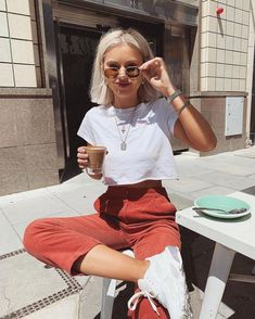 Mode Outfits, Trendy Outfits, Fashion Outfits, 30 Outfits, Woman Outfits, Club Outfits, Office Outfits, Laura Jade Stone, Baggy Pants