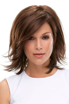 Rosie by Jon Renau Wigs - Lace Front, Monofilament Wig this is what my hair does naturally Choppy Bob Hairstyles, Straight Hairstyles, School Hairstyles, Bob Haircuts, Pretty Hairstyles, Hairstyle Ideas, Over 40 Hairstyles, Party Hairstyle, Bridal Hairstyles