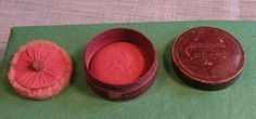 FRENCH-BOURJOIS CENDRE DE ROSES LEATHER ROUGE w/PUFF-ANTIQUE  
